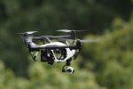 dron w locie